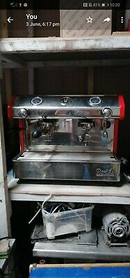 Bargain! 2 GROUP AUTOMATIC COMMERCIAL COFFEE MACHINE SINGLE PHASE  • 750£