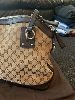 AU295 • Buy Gucci Charm Top Handle Bag With Shoulder Strap