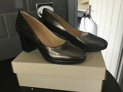 Clarks Ladies Kelda Hope Pewter Metallic  Smart Court Shoes Size UK 41/2  D  • 15£