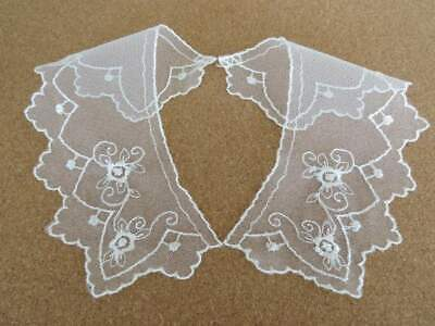 Small Pretty Embroidered Lace Collars Ivory On Tulle Net • 1.75£