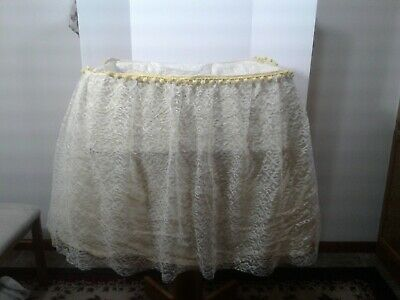 $29.85 • Buy Vintage Lace Baby Bassinet Skirt Yellow