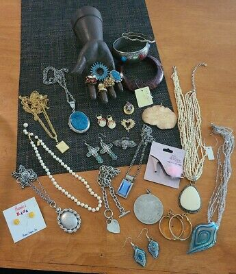 $ CDN11.58 • Buy Vintage To Now Jewelry Lot Rhinestone Signed Wearable