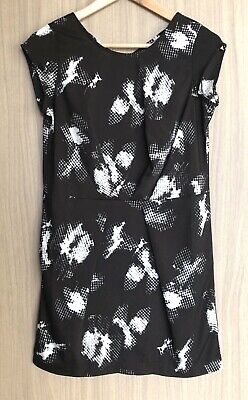 AU29 • Buy BRAND NEW URBAN OUTFITTERS Silence + Noise Black Print Cross-Back Dress Size XS