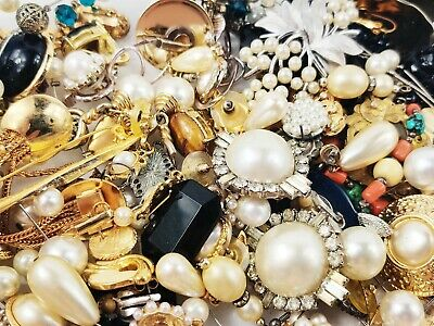 $ CDN133.66 • Buy HUGE Vintage Modern Jewelry Lot 10 LBS WEARABLE Signed Earrings Necklaces More