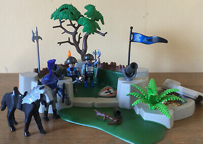 Playmobil 4014 Knights Superset Base With Weapons, 3 Knights And Horse • 14£