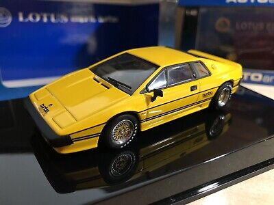 $ CDN66.06 • Buy Lotus  Esprit Turbo Yellow   autoart 55303 1/43