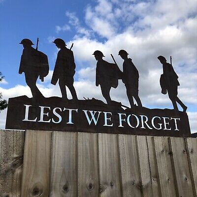 Lest We Forget Soldiers Scene Garden Soldier Statue Sign Feature Remembrance • 80.99£