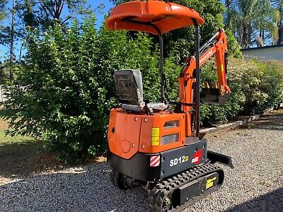 AU13900 • Buy 2020 NEW SD12D 1TON Diesel Excavator With 7 Heavy Duty Attachments NOT 9 Toys