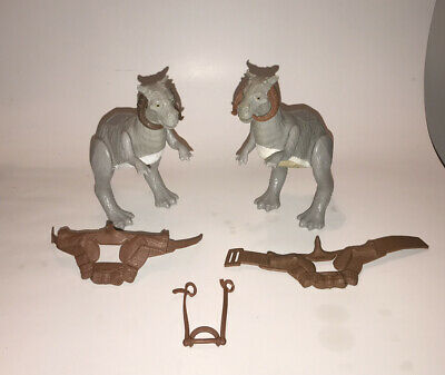 $ CDN36.96 • Buy Vintage 1979 Kenner Star Wars Tauntaun Lot Open And Closed Belly Figures