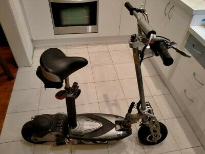 AU390 • Buy Revo Escooter 1000w In Excellent Condition Electric Chargeable Scooter