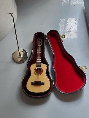 $ CDN39.32 • Buy Mini Guitar Music Box With Case AND MUSIC Box Stand Plays  Yesterday  Vintage