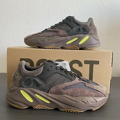 $ CDN462.42 • Buy New Yeezy 700 Mauve Men's Size 6.5 With Replacement Box