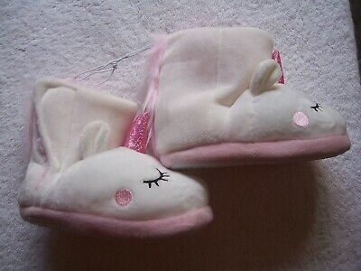 AU9.99 • Buy BNWT Girl's Pink & White Unicorn Fluffy Boot Style Slippers Size 9