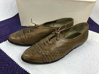 $15 • Buy Amanda Smith Brown Leather Shoes - Size 6 1/2 B - Made In Brazil