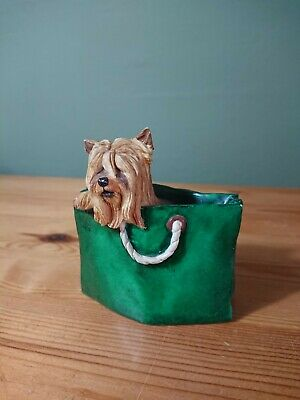 Puppy Tales Yorkshire Terrier Yorkie In Shopping Bag Novelty 3  Ornament • 7.95£