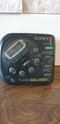 Sony Walkman Digital AM/FM Stereo Radio SRF-M32 • 24.99£