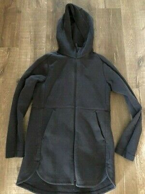 $ CDN50 • Buy Lululemon Going Places Hooded Jacket Size 6