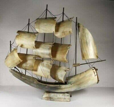 Model Of A 5 Masted Sailing Ship In Horn/bone • 55£