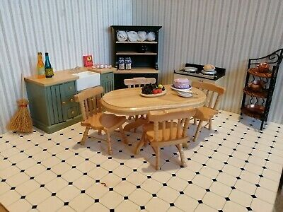 12th Scale Dolls House Kitchen • 17£