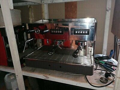 Bargain! 2 GROUP AUTOMATIC COMMERCIAL COFFEE MACHINE SINGLE PHASE  • 675£