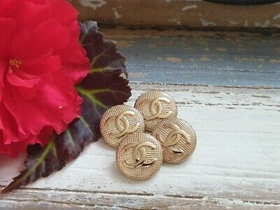 Lot Of 4 Chanel Gold Buttons 22mm • 48£