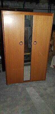 Second Hand Wardrobe With Mirror Front In Fair Condition - Can Deliver Within 5 • 60£