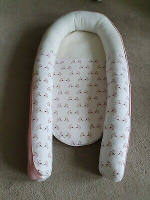 Very Little Used Doomoo Cocoon Sleep Nest Bed With Ventilated Head In White Pink • 38£