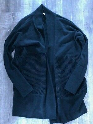 $ CDN60 • Buy Lululemon Sit In Lotus Wrap Size 6