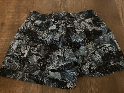 $ CDN40 • Buy Lululemon Spring Breakaway Shorts Size 6