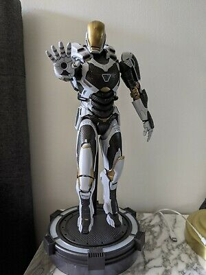 AU375 • Buy Hot Toys Iron Man 3 Starboost Mark 39 XXXIX MMS214 1/6 Scale Figure