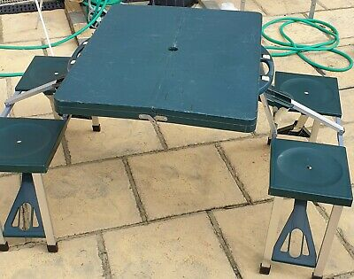 Portable Folding Picnic Table And Chairs Camping Green • 29.99£