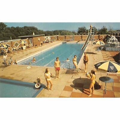 Potters Residential Holiday Camp, Hopton-on-Sea, Great Yarmouth - Swimming Pool • 3.99£