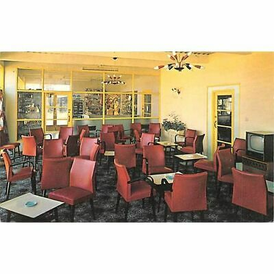 Adults Lounge Potters Hopton On Sea Holiday Camp (Not Pontins) Postcard • 2.99£