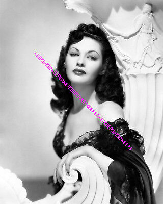 ACTRESS YVONNE DE CARLO ABSOLUTELY GORGEOUS  LILY MUNSTER  8x10 PHOTO A-YD7 • 5.98£