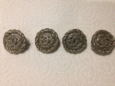4 X Buttons CHANEL • 14.99£