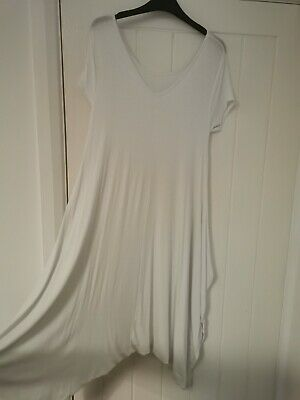 White Harem Jumpsuit One Size NWOT • 2£