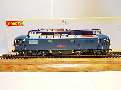 R3751 Hornby Caledonian Sleeper Class 87 Royal Sovereign No.87002 • 150£