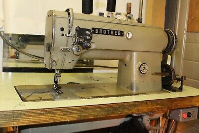 Twin Needle Industrial Sewing Machine. 1/4  Stitch Width • 345£