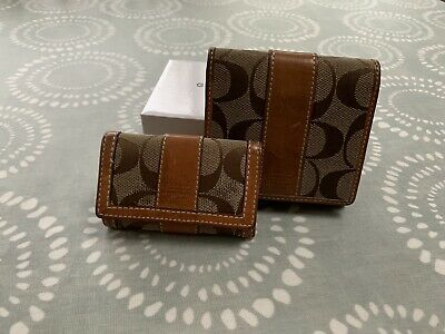 Ladies Leather Vintage Coach Purse And Matching Key Holder • 10.50£