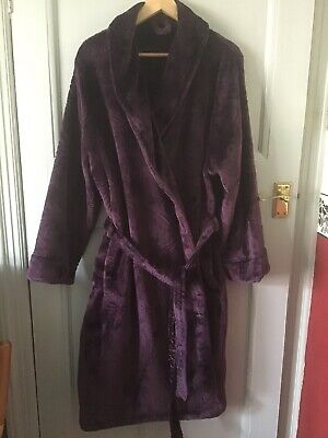 """Plush Dressing Gown.Plum.Large.Collar Tie Belt/ Inner Tie.New No Tags.47"""" Long. • 7.50£"""