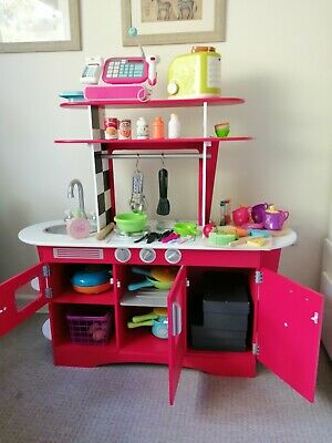 ELC Play Kitchen With Various Accessories • 7£