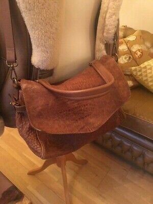 Massimo Dutti  Soft Tan Leather Medium Sized Crossbody Bag With Strap • 70£