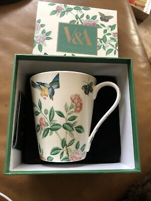 V&A Victoria Albert Museum London Fine China Floral / Bird / Butterflies Mug. • 10.99£