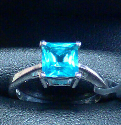 Batalha Blue Topaz Solitaire Ring   Size P • 25£