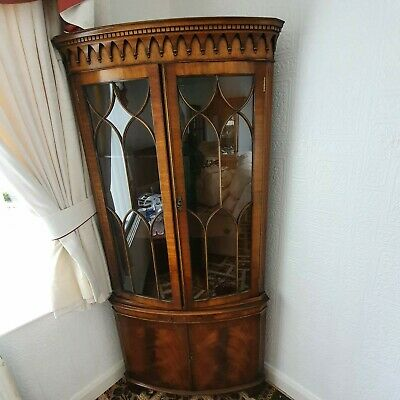Mahogony Corner Display Cabinet • 80£