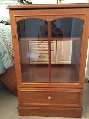 Stag Teak Hi Fi Cabinet With Drawer. Adjustable Removable Shelf. • 20£
