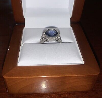 AU5000 • Buy White Gold Sapphire And Diamond Ring