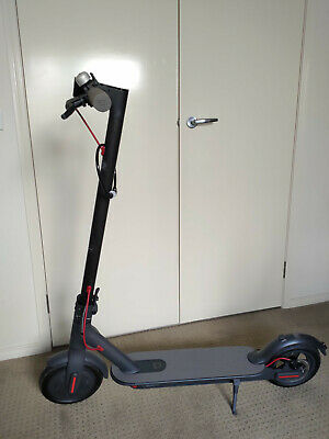 AU421 • Buy Xiaomi Scooter M365 Folding Electric Scooter - - Like New