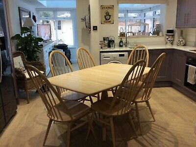 Ercol Windsor Extending Table And 6 Quacker Chairs • 1,400£