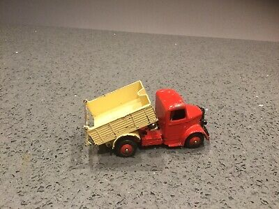 Dinky #25m/410 - Bedford Tipper Truck. Red/cream • 6.55£